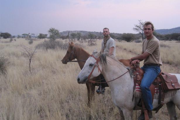 aru-upcoming-trip-activities-horse-riding